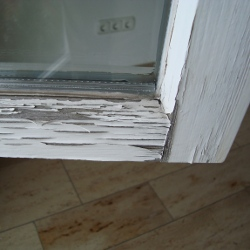 Holzfenster streichen - Fenster lackieren und renovieren